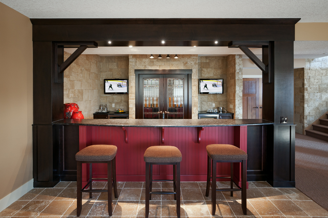 Ultimate man caves for Man cave kitchen ideas